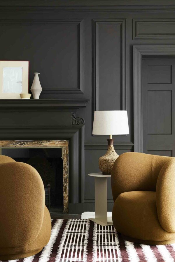 Little Greene Chocolate Colour 124