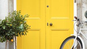 voordeur geschilderd met Little Greene Traditional Oil Gloss